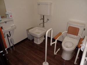 デイ・トイレ